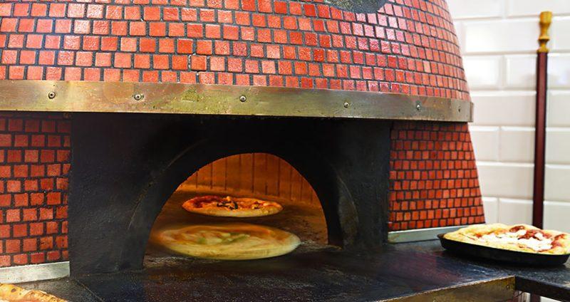 Pizza oven at Starita