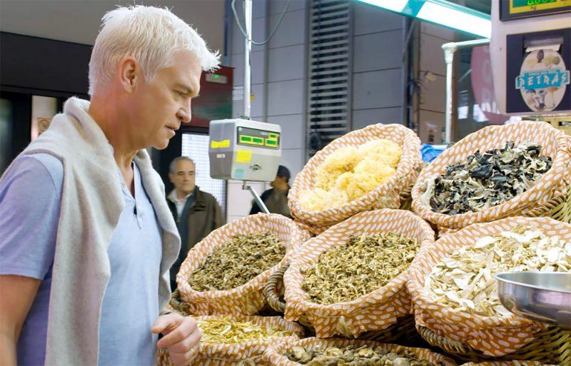 Philip Schofield explores boqueria market