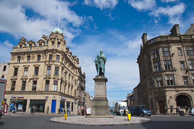 William Pitt statue in George Street