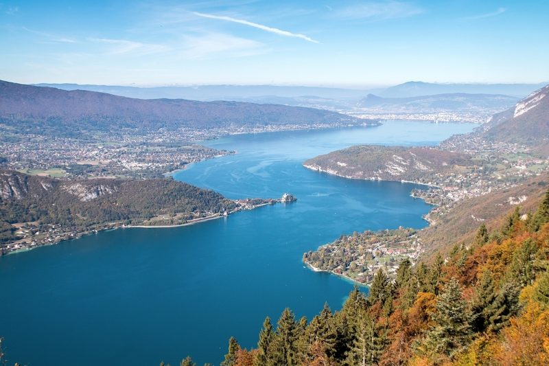 Aerial view of Lac-d'Annecy