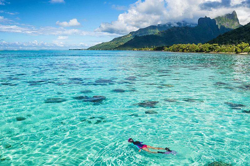 Moorea Tahiti water