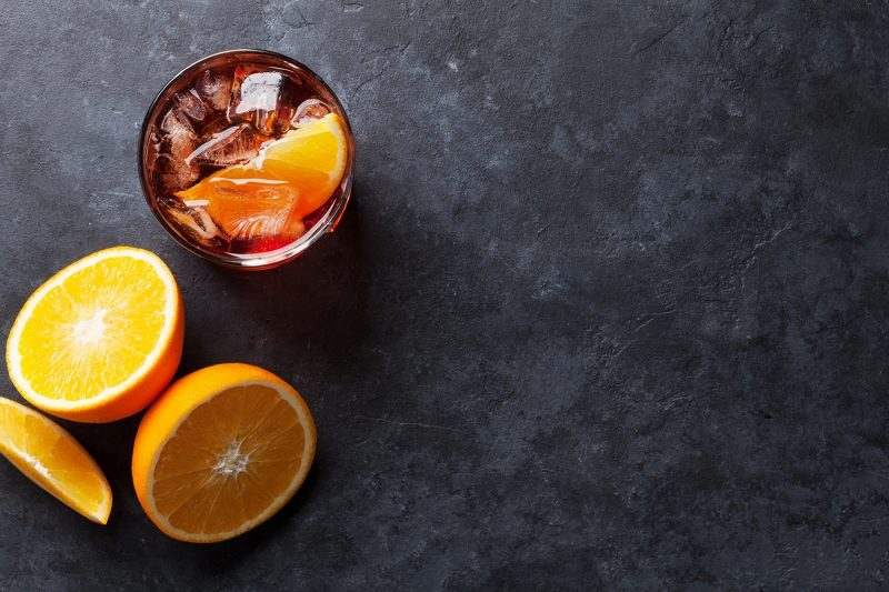 Negroni cocktail with oranges