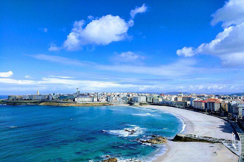 Praia do Orzán, La Coruña, Spain © Eduardo Fernandez.jpg