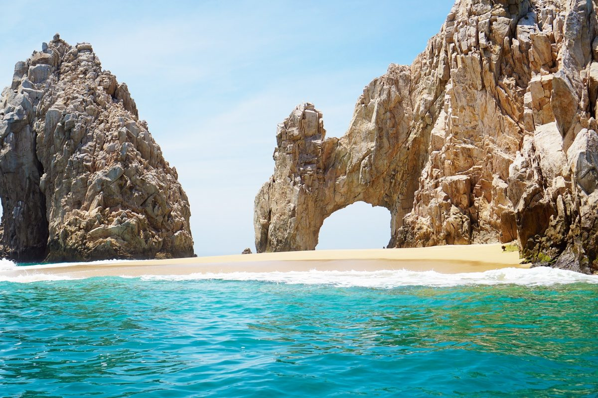 El Arco rock formation, beach, and sea in Cabo San Lucas