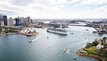 Majestic Princess arriving in Sydney with view of harbour bridge