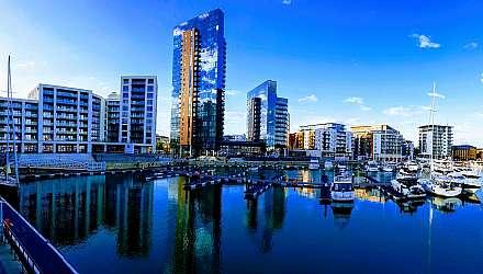 Southampton waterfront skyline